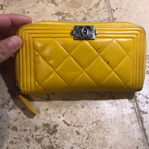 17f0e453ee96 CHANEL Handbags - Yellow Chanel wallet